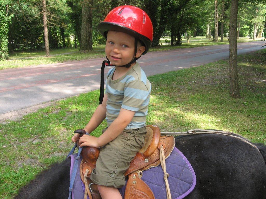 Mathis sur son poney