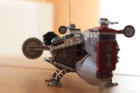 Maquette de vaisseau Star Wars en Légo